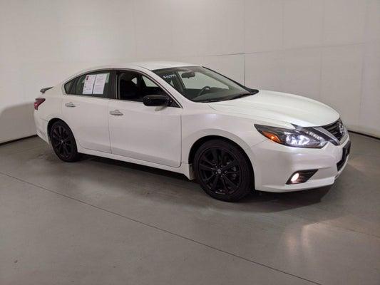 2017 Nissan Altima Interior >> 2017 5 Nissan Altima 2 5 Sr Sedan